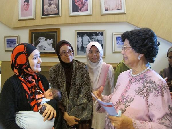 Tun Dr Siti Hasmah's Advice